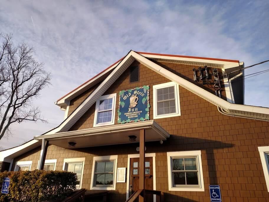 Gilded Sign – Old Stein Inn