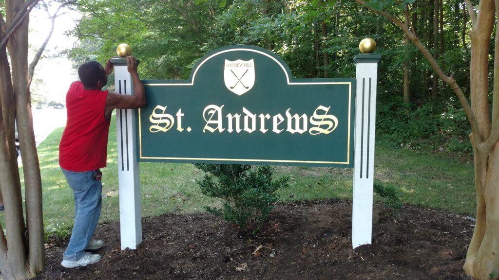 Cast aluminum community entrance sign
