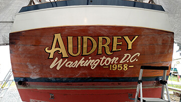 Gold Leaf Boat Lettering – Audrey