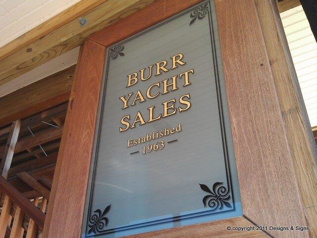 Vinyl Lettering – Burr Yacht Sales