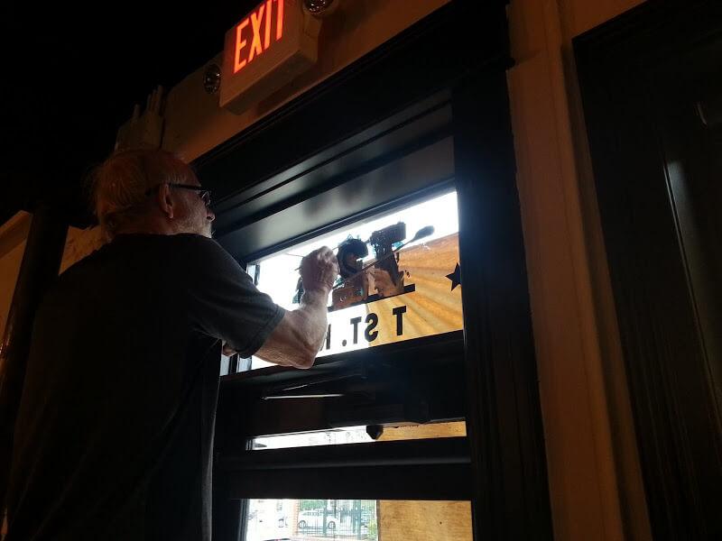 restaurant transom numbers