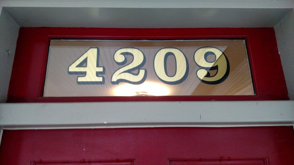 gold house numbers